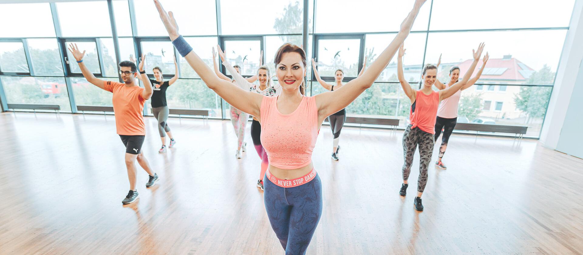 Wie viel kann ich abnehmen, wenn ich Zumba-Videos tanze?